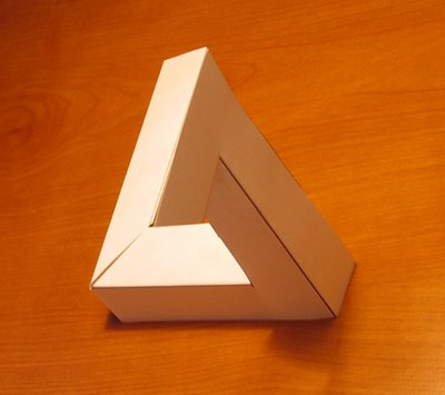 penrose+impossible+triangle.jpg
